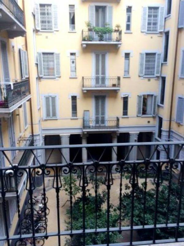 Bilocale Milano Via Settembrini 2