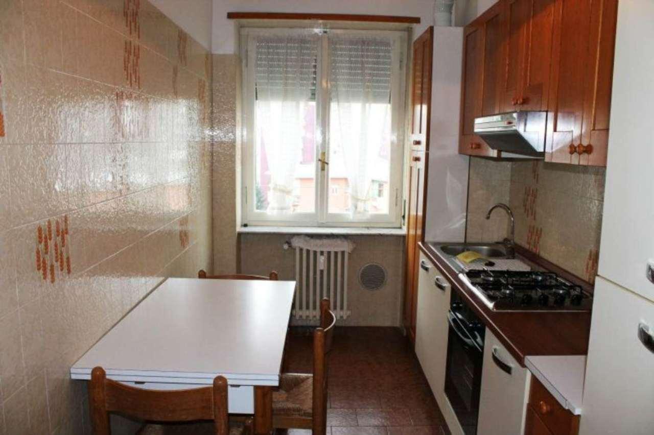 Bilocale Milano Via Mamiani 6