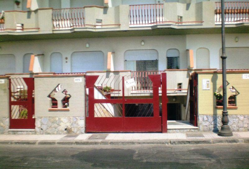 Bilocale Nizza di Sicilia Via Marina 10