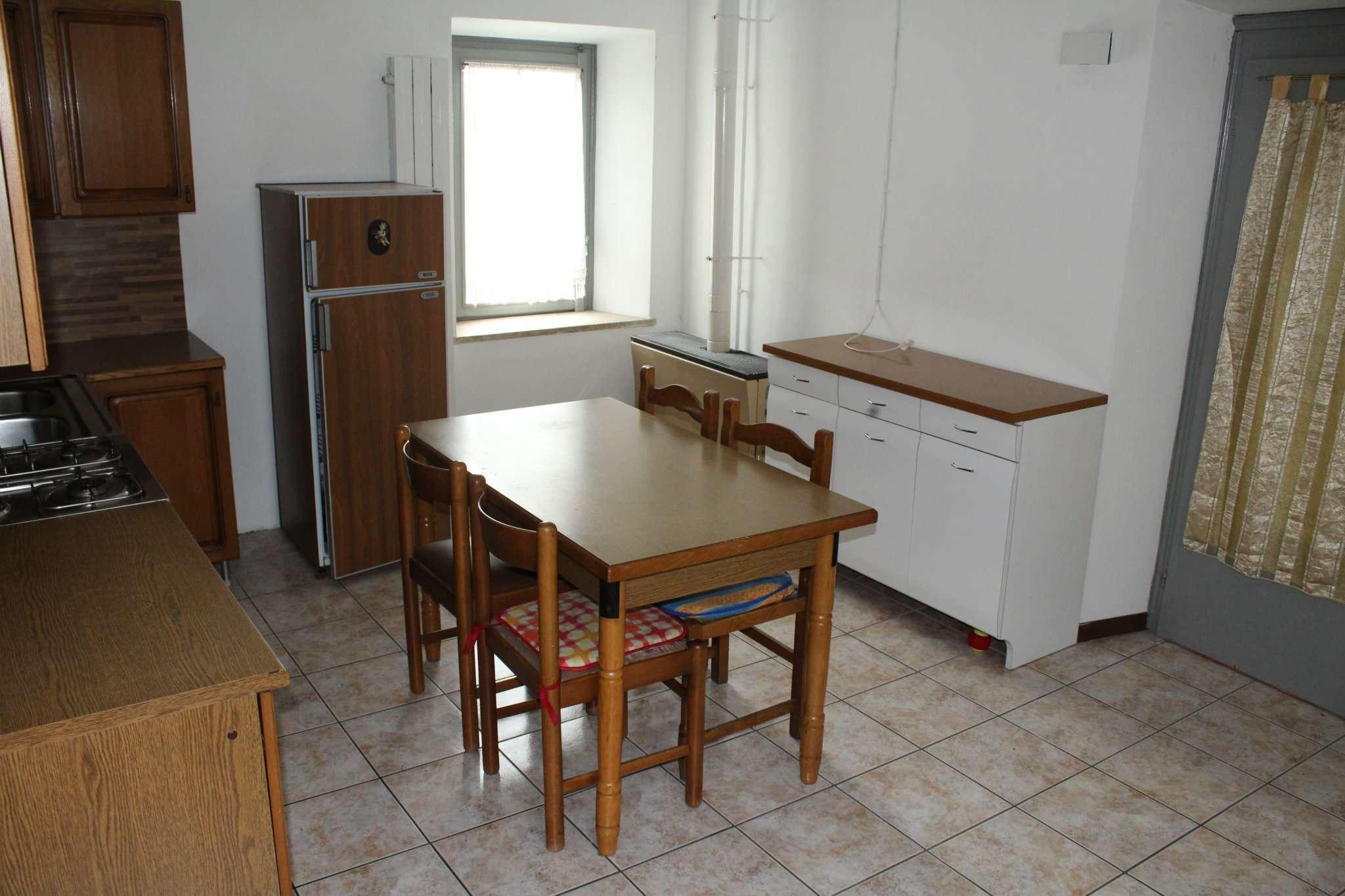 Bilocale Grantola Via Milazzo 5