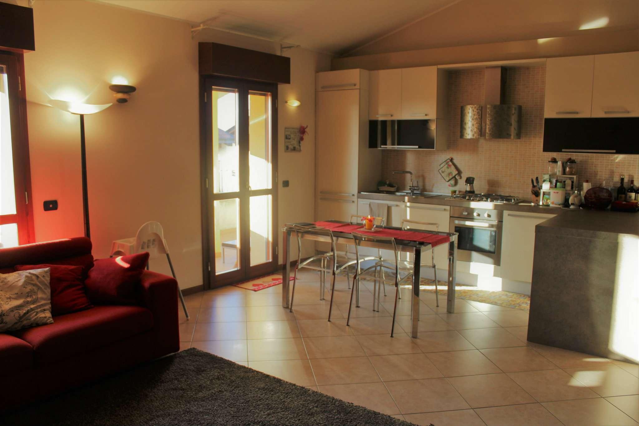 Appartamento in vendita a Corbetta, 3 locali, prezzo € 145.000 | Cambio Casa.it