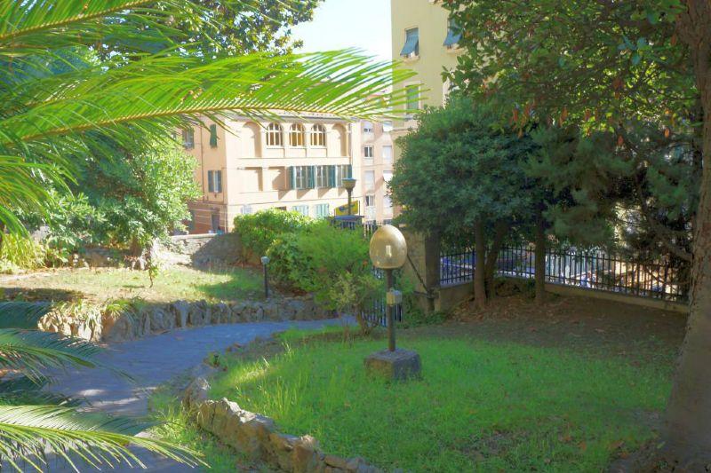Bilocale Genova Via Borgoratti 12
