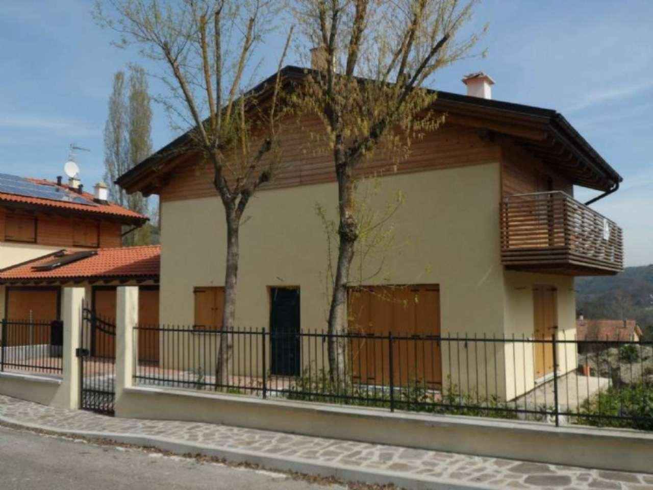 Soluzione Indipendente in vendita a Monte San Pietro, 5 locali, prezzo € 285.000 | CambioCasa.it