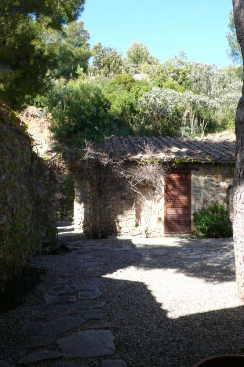 Bilocale Monte Argentario Via Belvedere 2