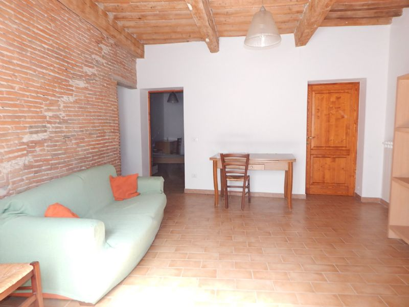 Soluzione Indipendente in affitto a Pisa, 5 locali, prezzo € 900 | Cambio Casa.it