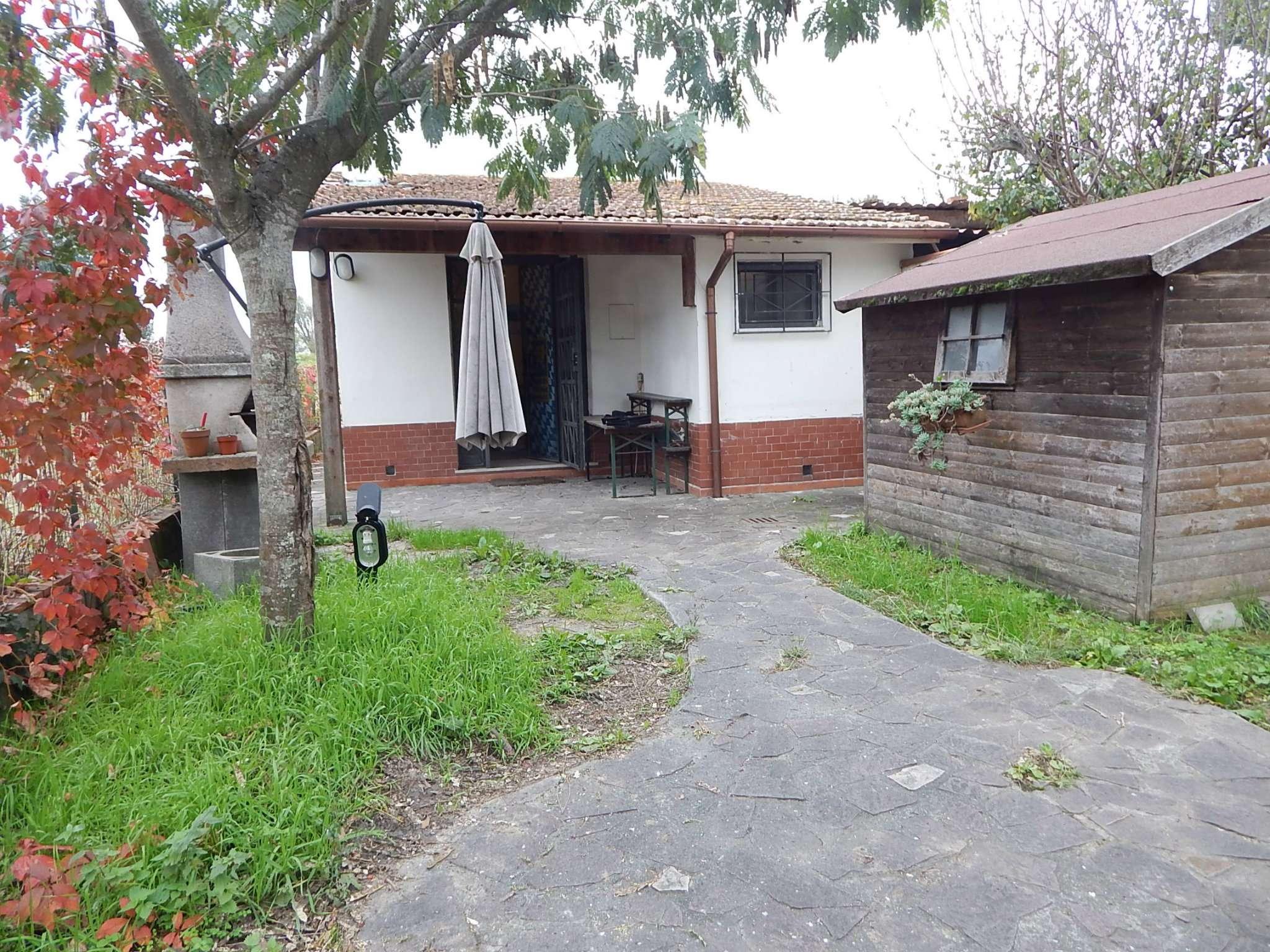 Bilocale vendita pisa via san biagio for Planimetrie per case di 3000 piedi quadrati