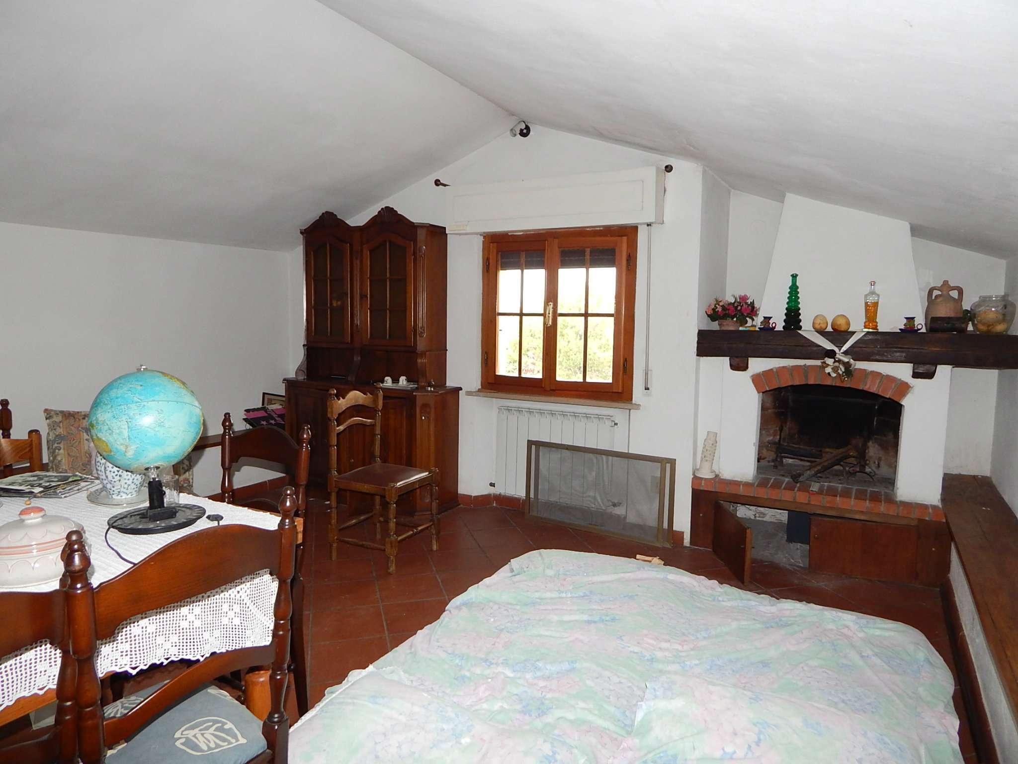 Soluzione Indipendente in affitto a Pisa, 6 locali, prezzo € 900 | Cambio Casa.it