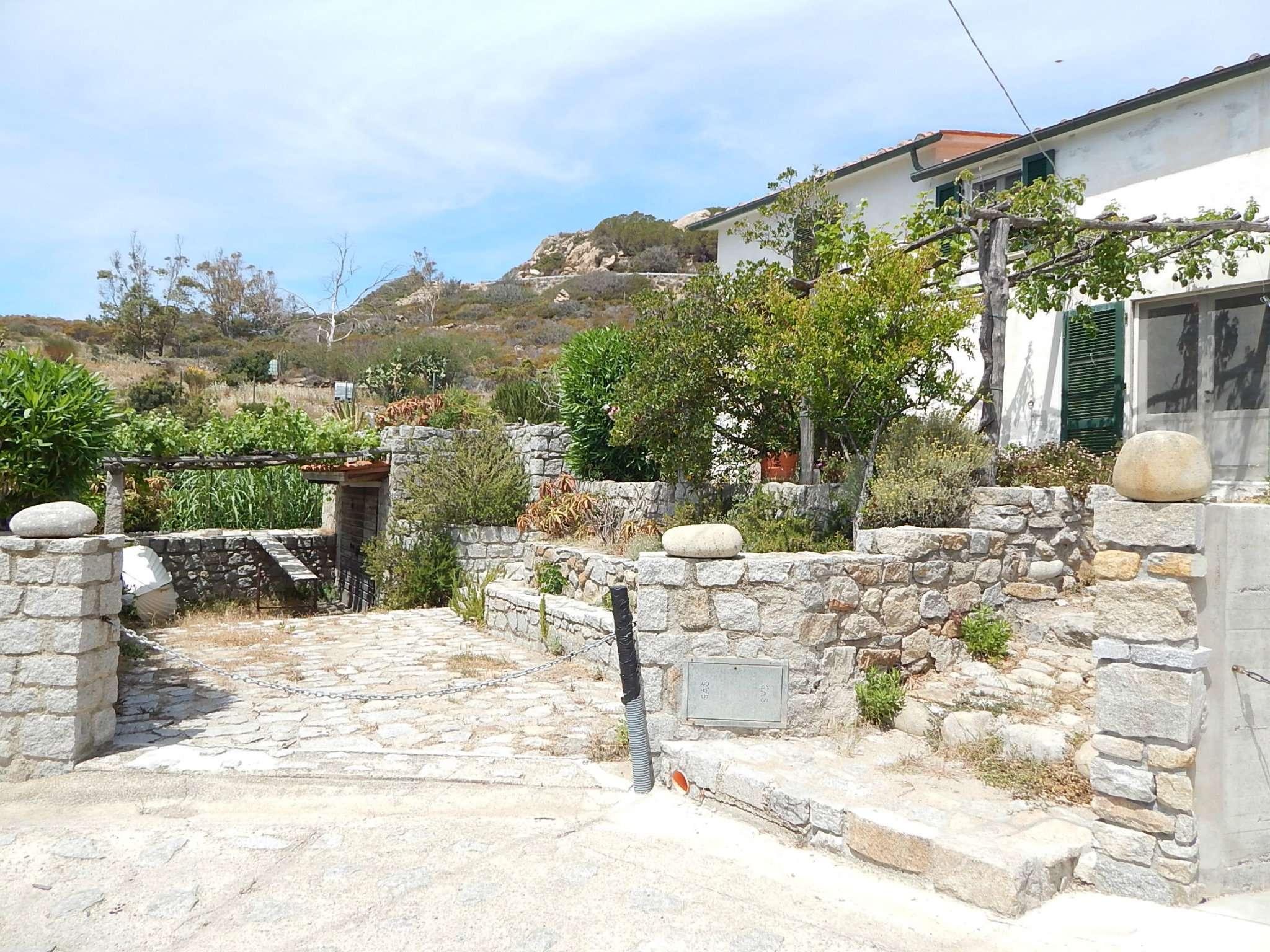 Villa in vendita a Marciana, 4 locali, prezzo € 990.000 | Cambio Casa.it