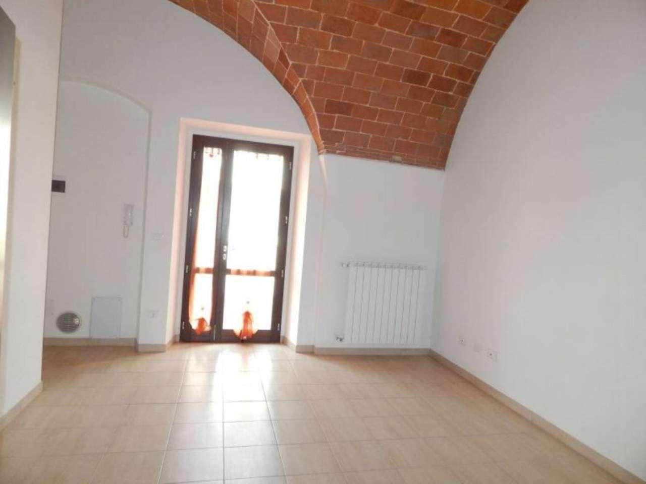 Bilocale Cascina Via San Donato 4