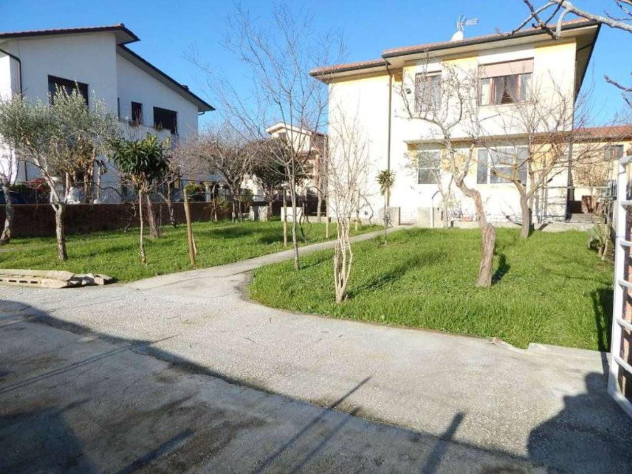 Palazzo / Stabile in vendita a Pisa, 9 locali, prezzo € 650.000 | Cambio Casa.it