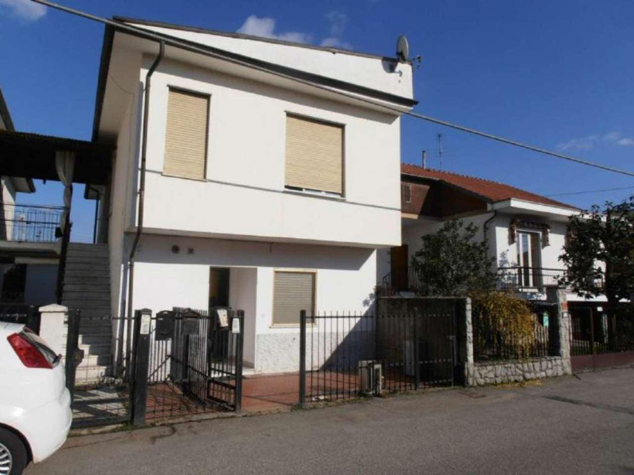 Bilocale Pianezza Via Brione 3