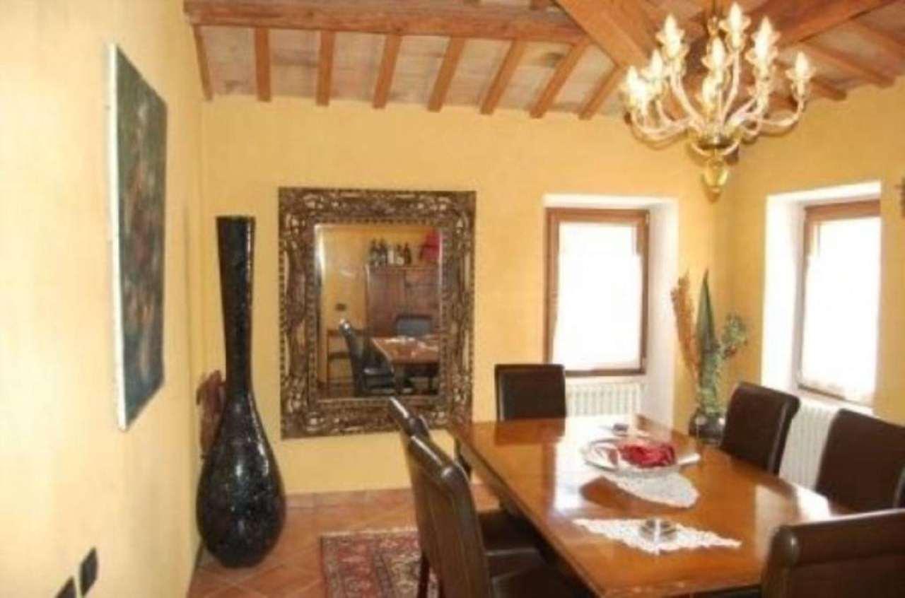 Villa in vendita a Montescudo, 6 locali, prezzo € 890.000 | Cambio Casa.it