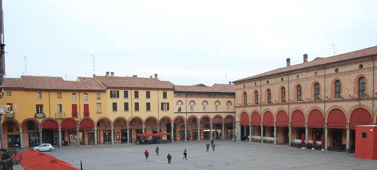 Palazzo / Stabile in vendita a Imola, 7 locali, prezzo € 670.000 | Cambio Casa.it