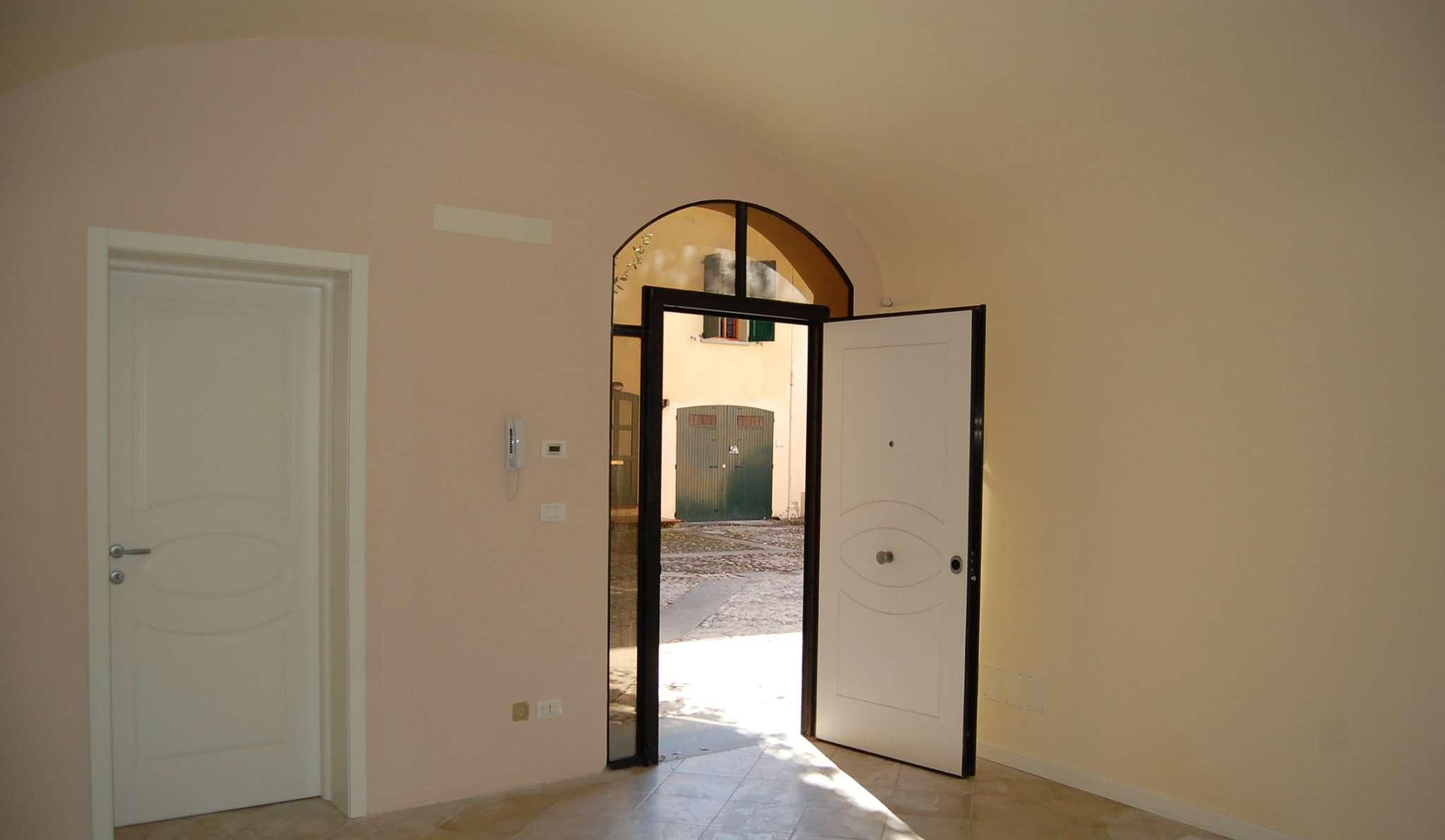 Appartamento in vendita a Imola, 1 locali, prezzo € 60.000   Cambio Casa.it