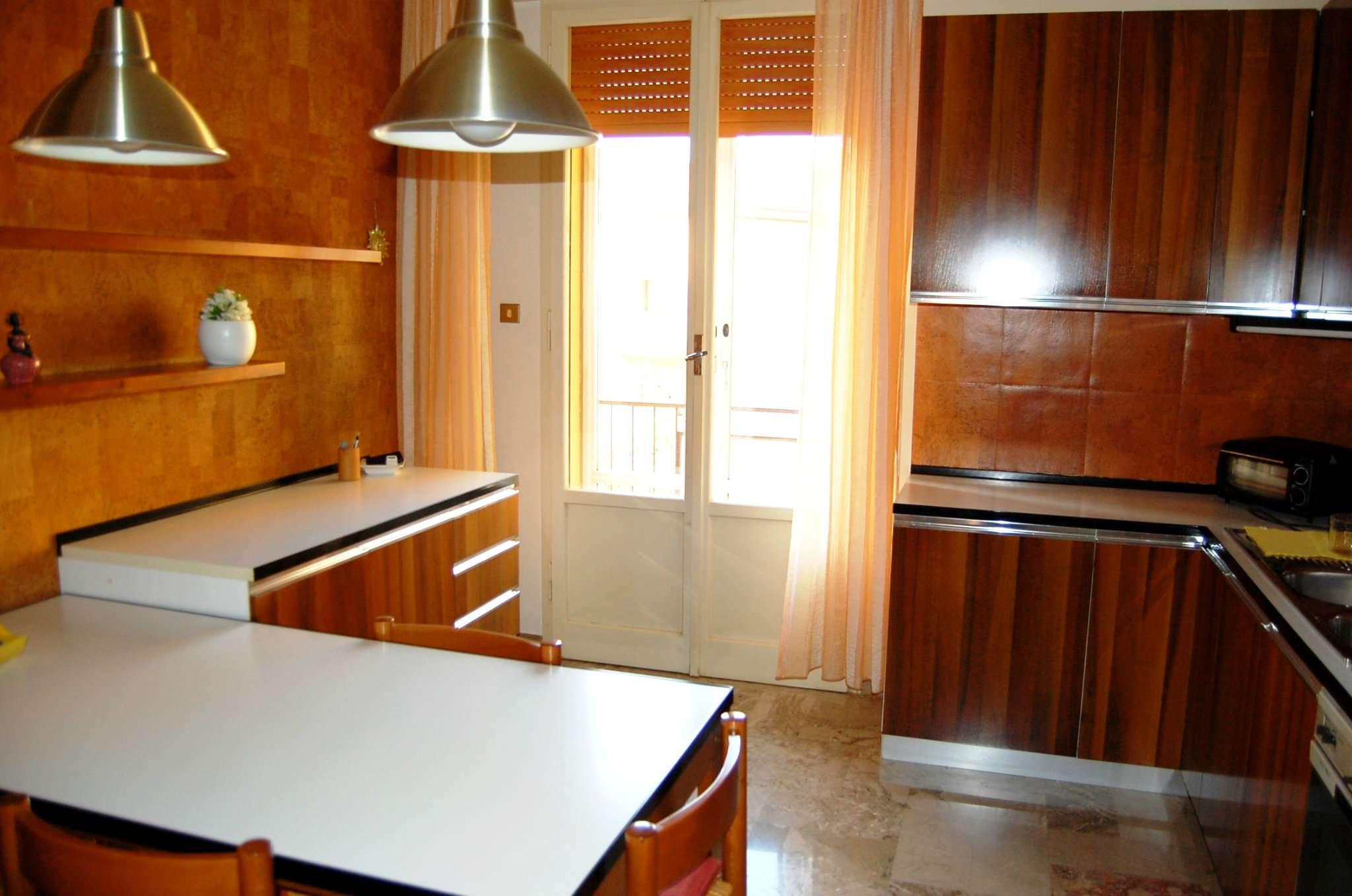 Appartamento in vendita a Imola, 4 locali, prezzo € 118.000 | CambioCasa.it
