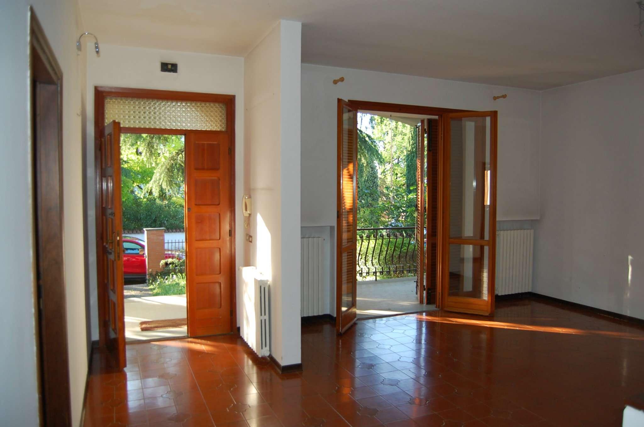 Soluzione Semindipendente in affitto a Imola, 5 locali, prezzo € 800 | Cambio Casa.it