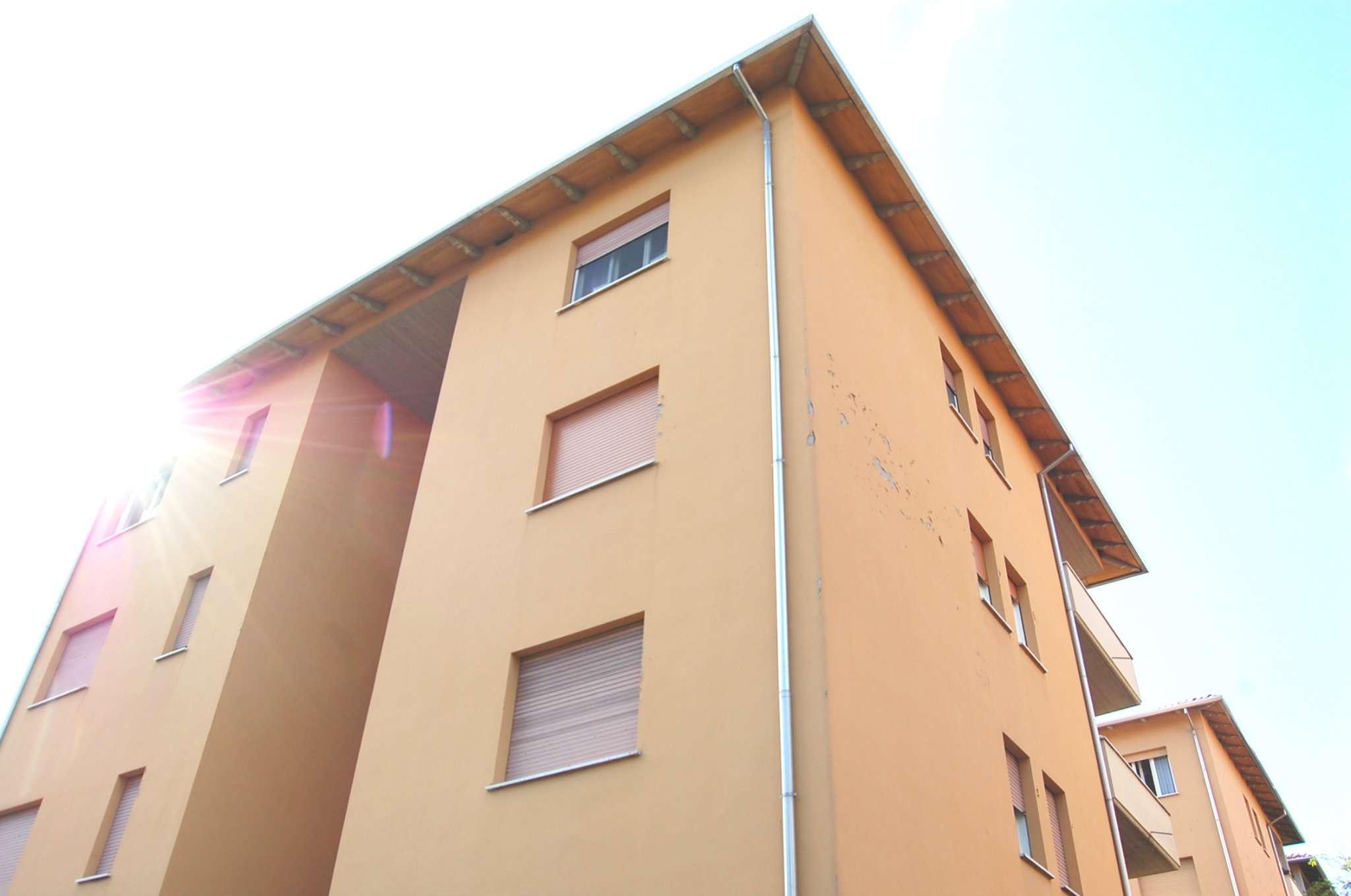 Appartamento in vendita a Imola, 3 locali, prezzo € 69.000 | CambioCasa.it