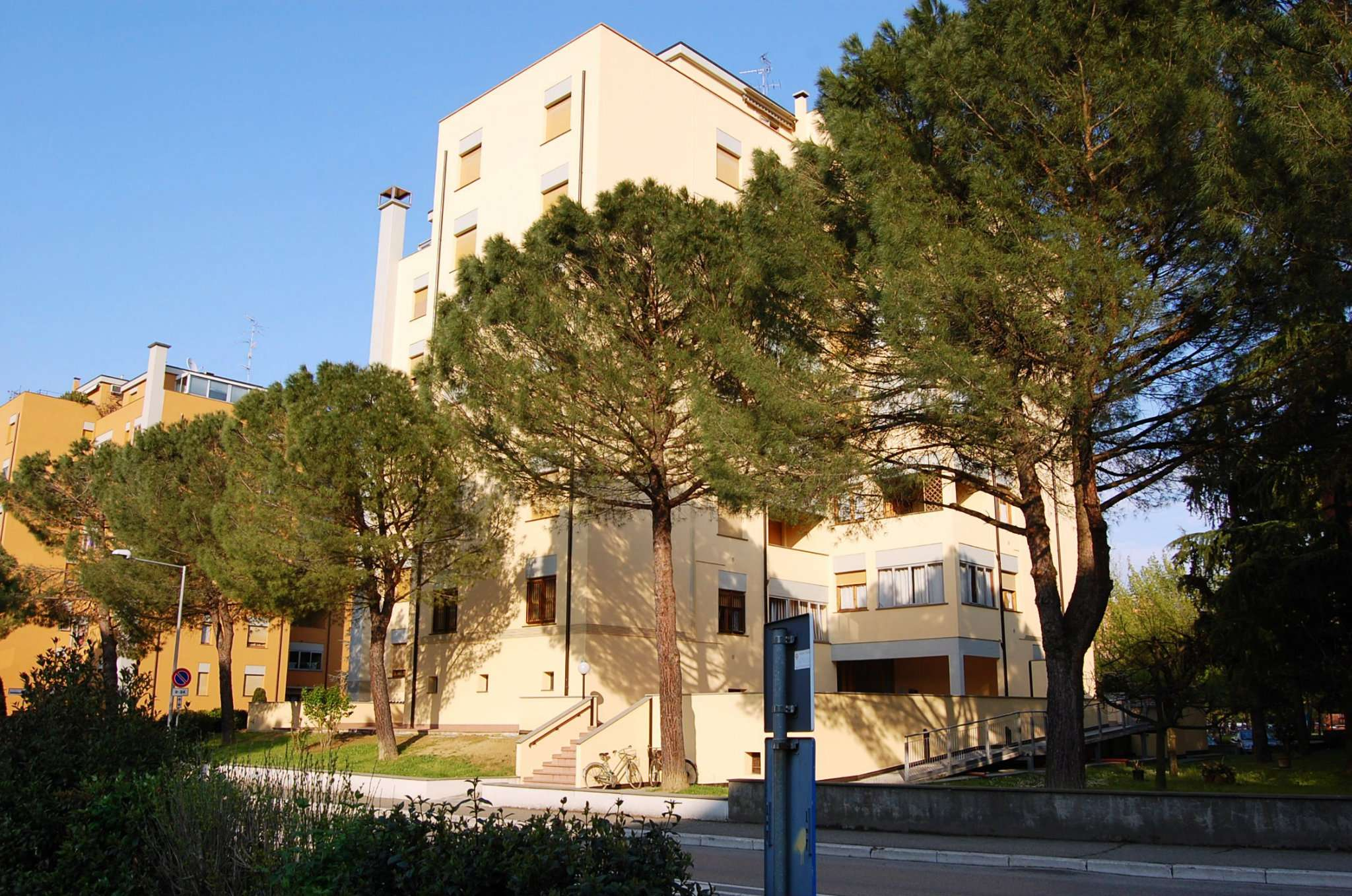 Appartamento in vendita a Imola, 4 locali, prezzo € 129.000 | CambioCasa.it