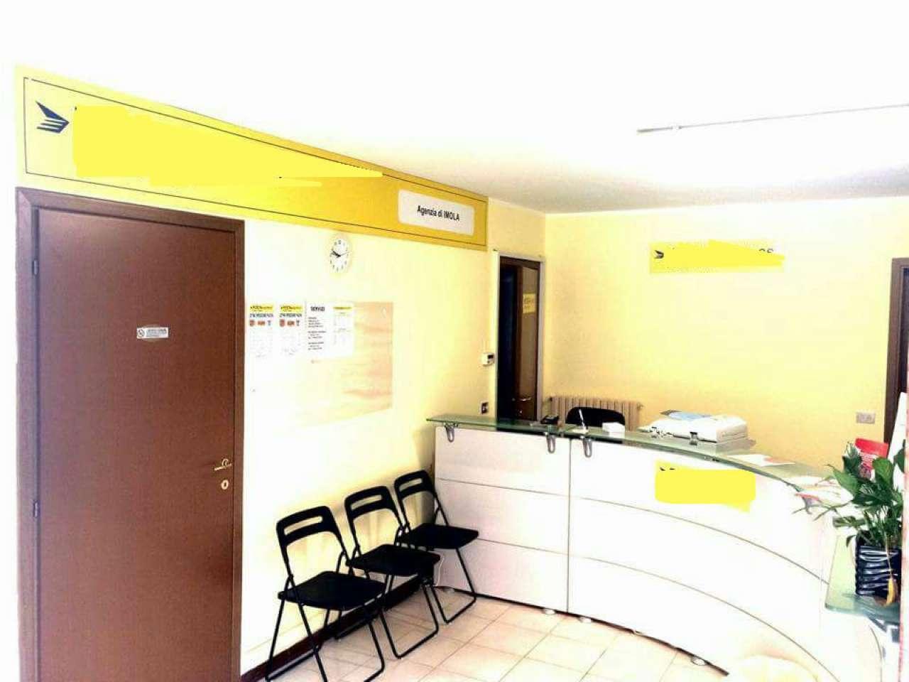 Negozio trilocale in affitto a Imola (BO)