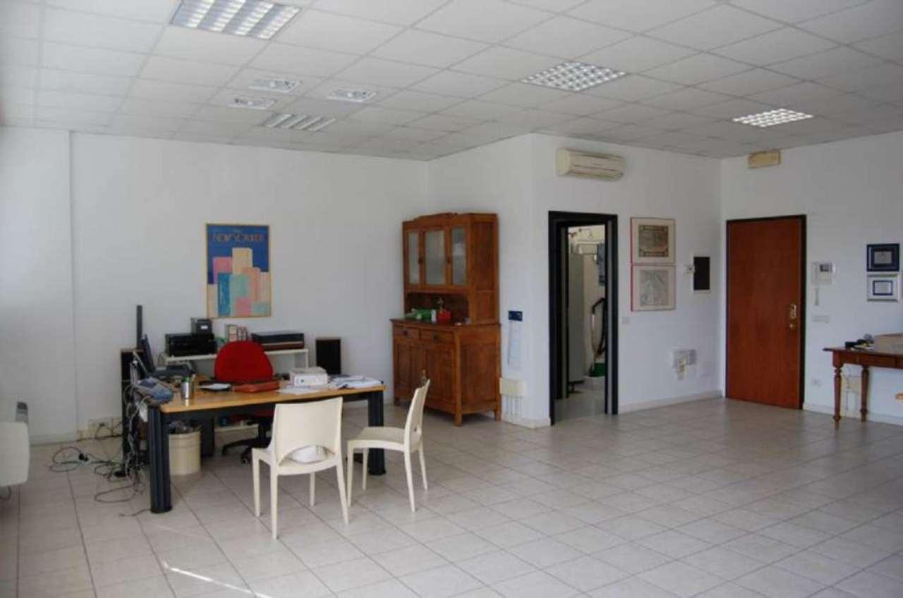 Ufficio / Studio in affitto a Imola, 1 locali, prezzo € 600 | Cambio Casa.it