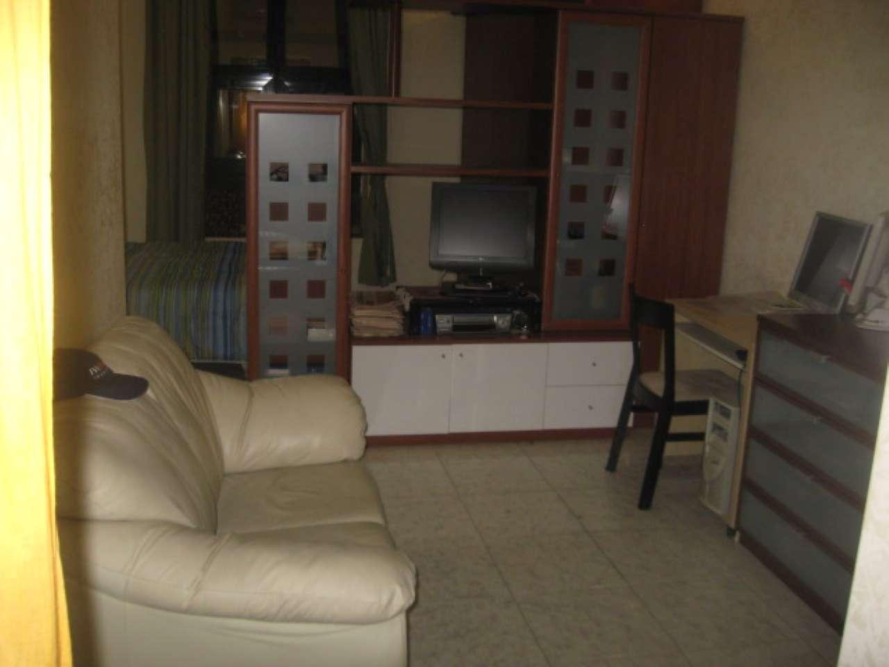 Appartamento in affitto a Caserta, 2 locali, prezzo € 450   Cambio Casa.it