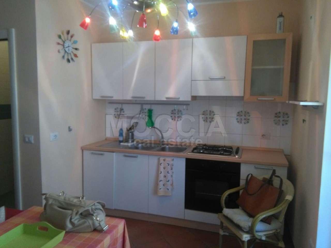 Appartamento in affitto a Caserta, 2 locali, prezzo € 400 | Cambio Casa.it