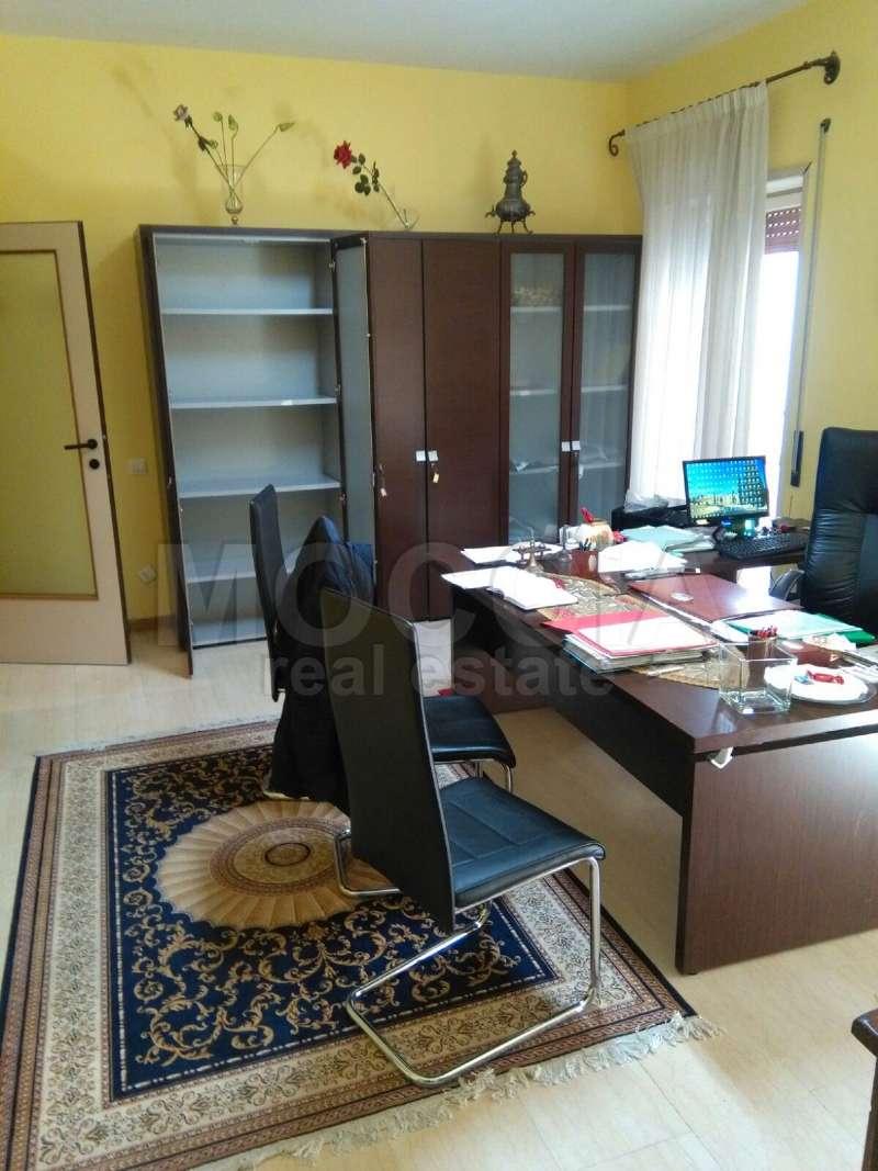 Appartamento in affitto a Caserta, 2 locali, prezzo € 500 | Cambio Casa.it