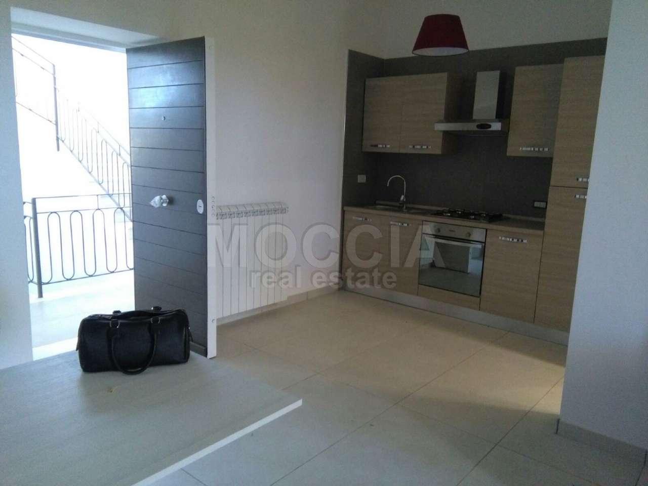 Appartamento in affitto a Caserta, 3 locali, prezzo € 550 | Cambio Casa.it