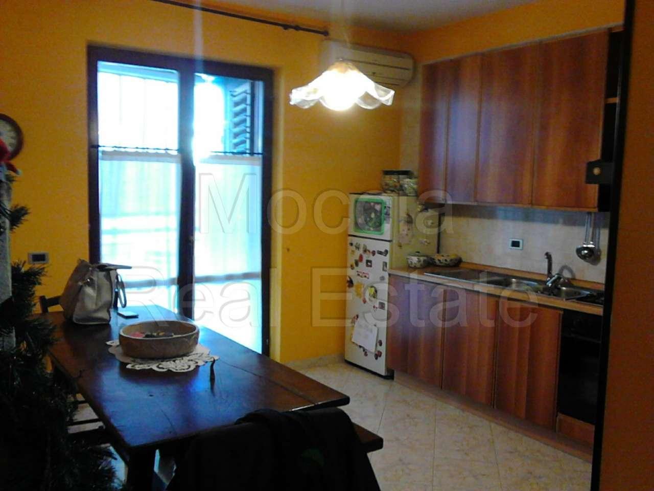 Appartamento trilocale in affitto a Caserta (CE)