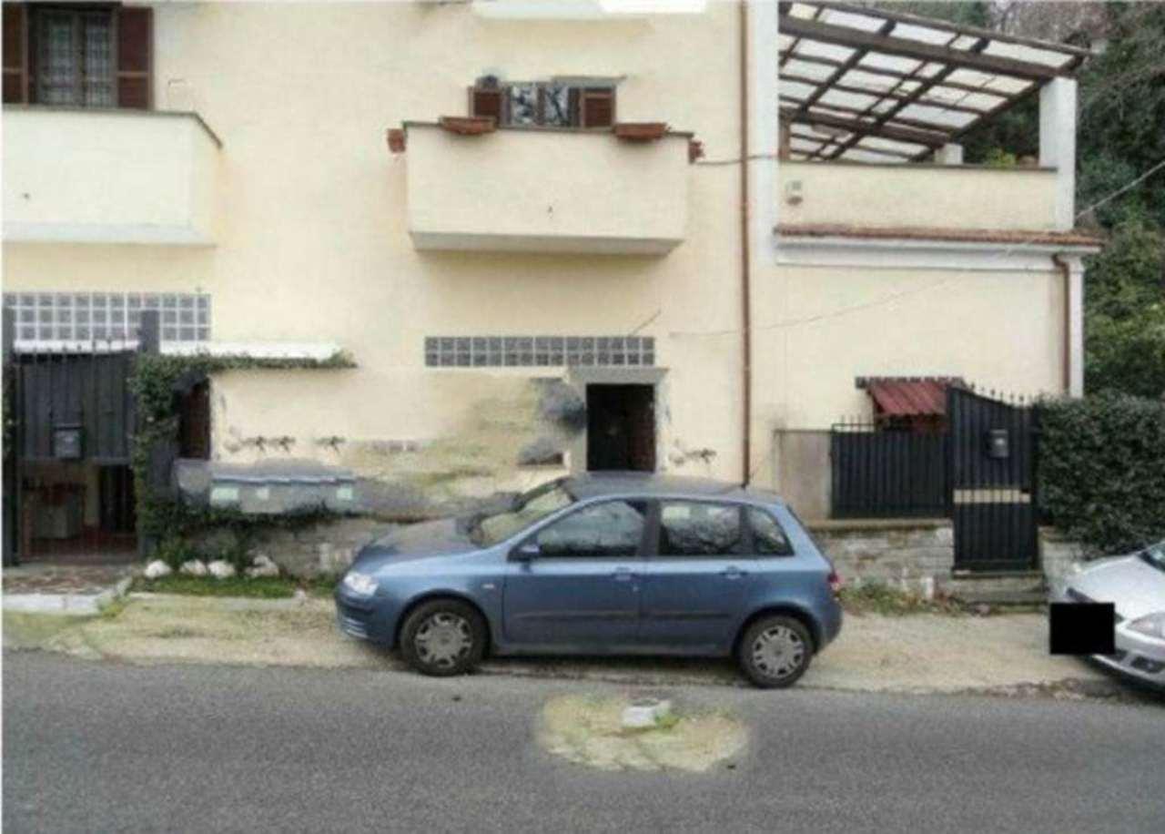 Bilocale Monte Compatri Via San Silvestro 4