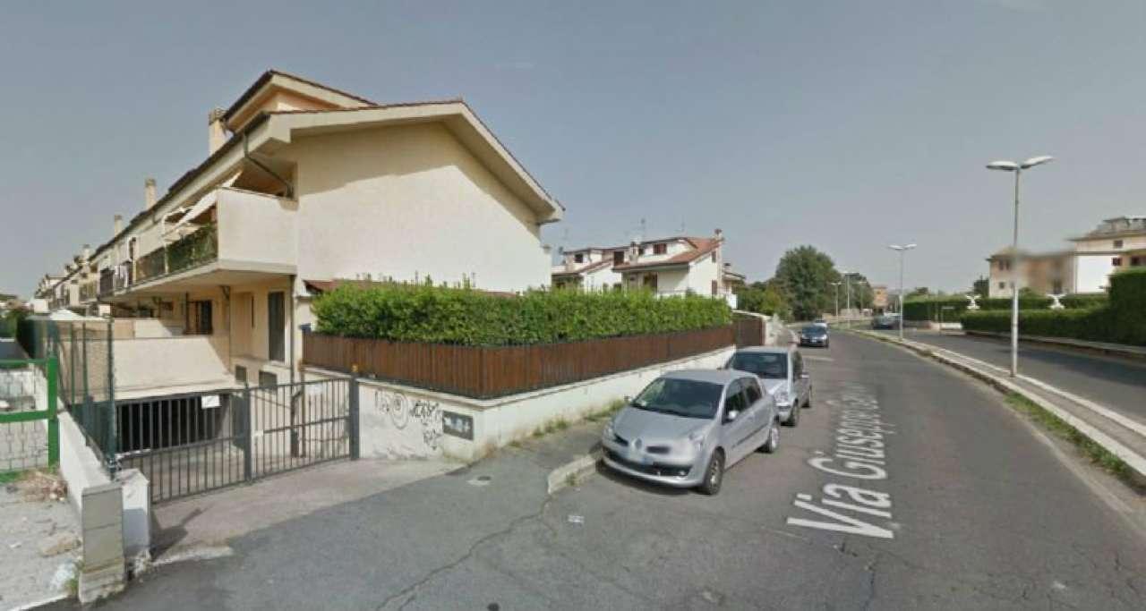 Bilocale Guidonia Montecelio Via Giuseppe Garibaldi 3