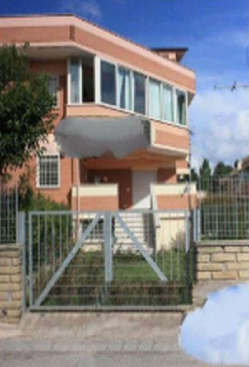 Bilocale Nettuno Via Delle Dalie 2