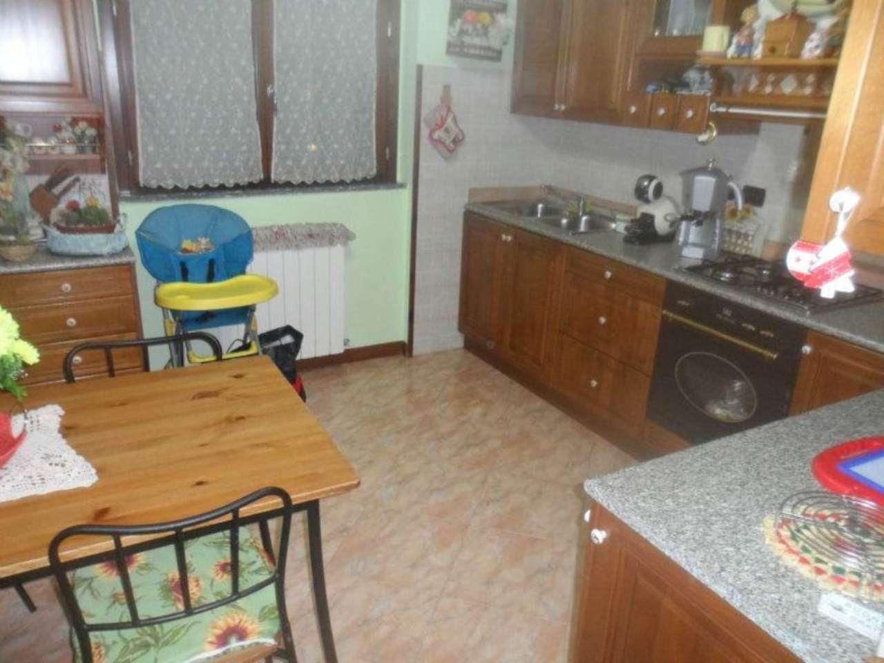 Bilocale Roncello Via Paolo Giovanni Ii 5