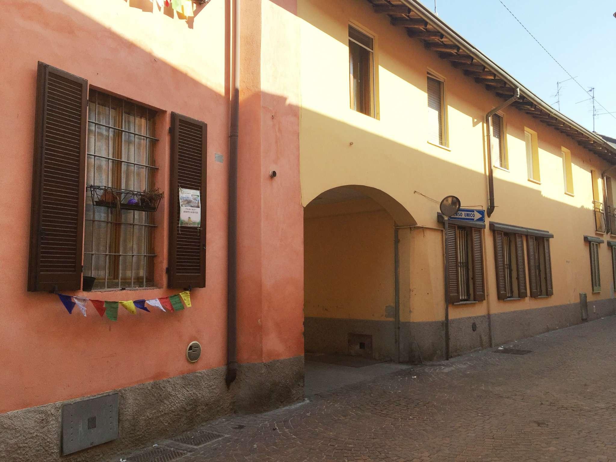 Bilocale Cavenago di Brianza Via Rasini 2