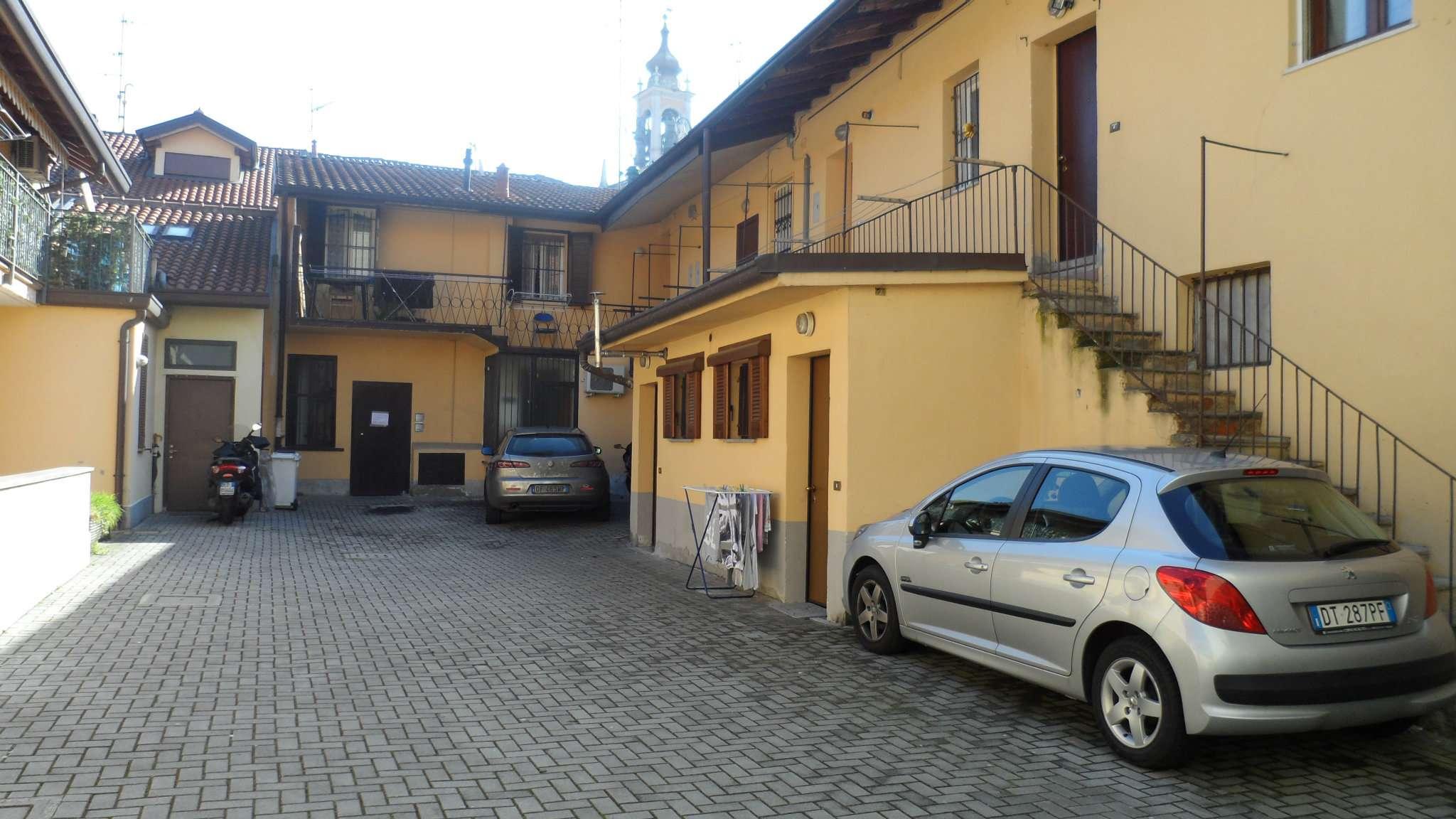 Bilocale Cavenago di Brianza Via Rasini 6