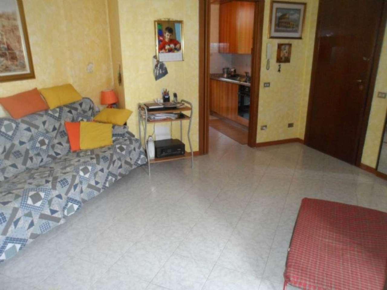 Bilocale Ornago Via Roncello 4