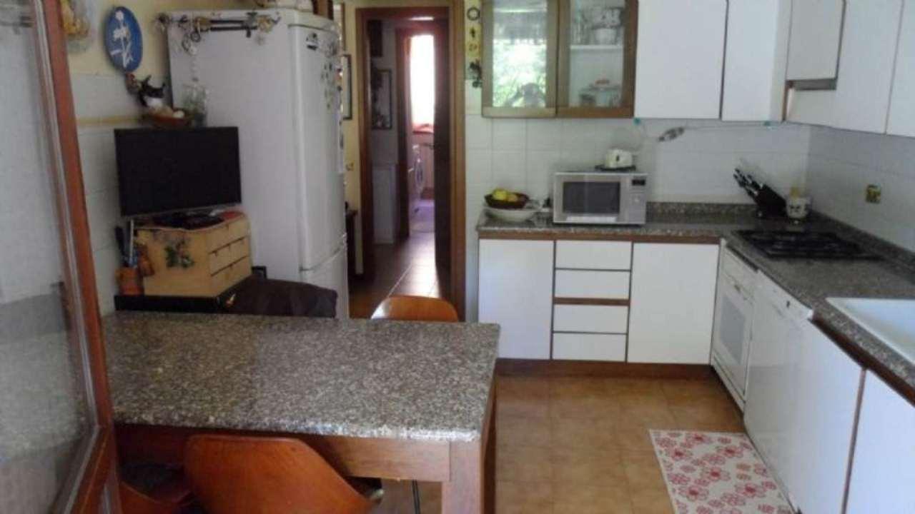 Bilocale Cavenago di Brianza Via Mazzini 9