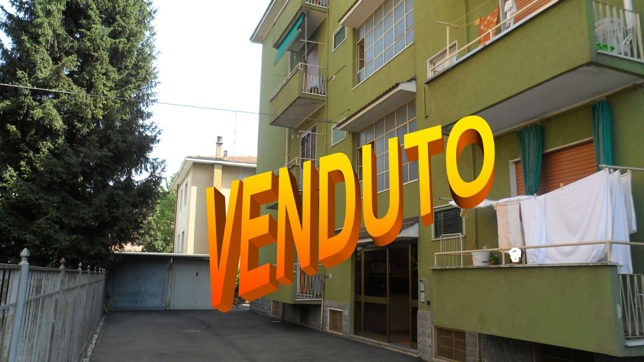 Bilocale Cavenago di Brianza Via Matteotti 1