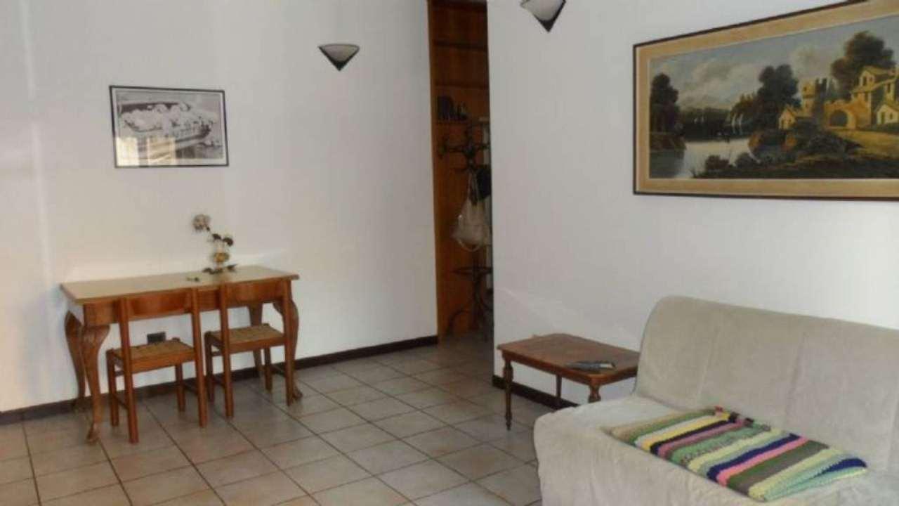 Bilocale Cavenago di Brianza Via Matteotti 3