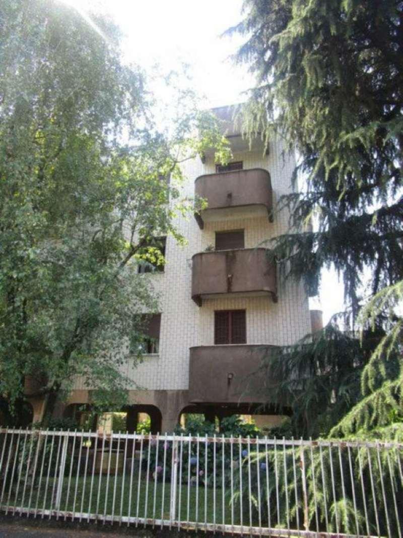 Bilocale Monza Via Ponchielli 1