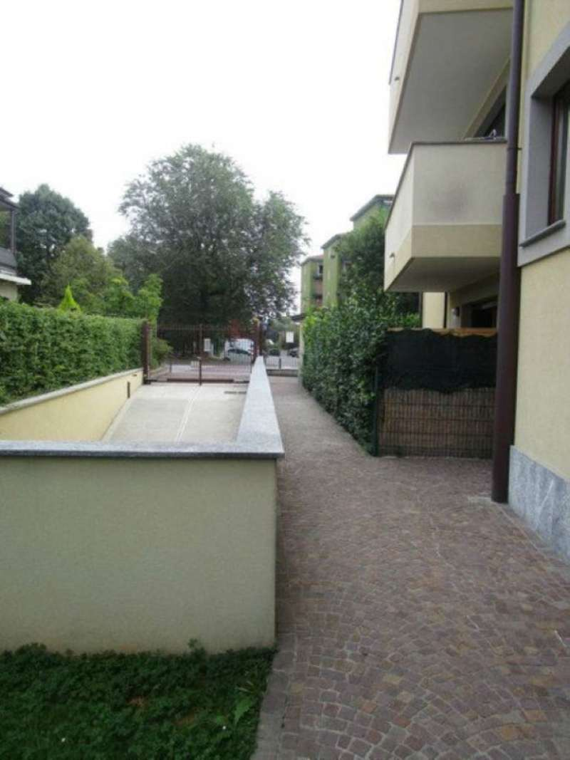 Bilocale Monza Via San Rocco 4