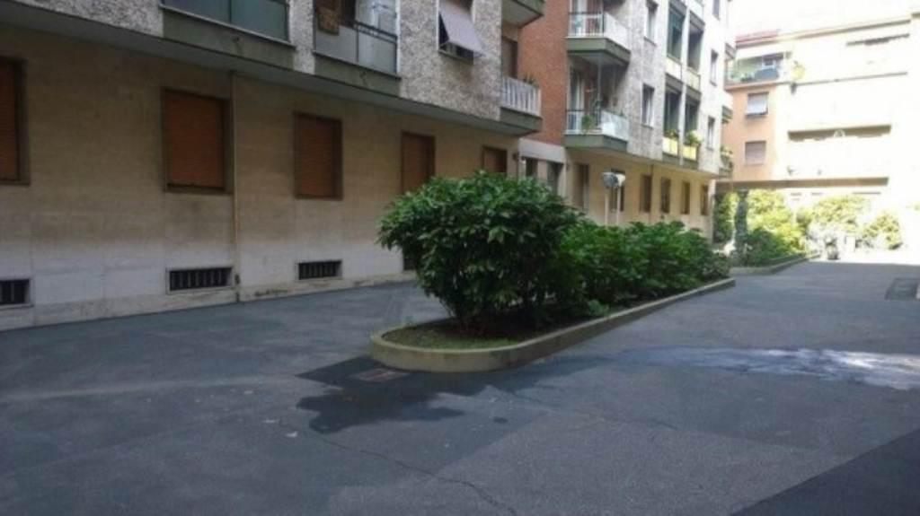 Bilocale Bresso Via Vittorio Veneto 12