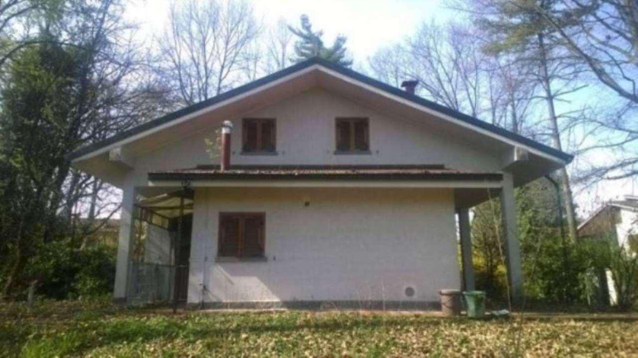 Villa in vendita a Usmate Velate, 5 locali, prezzo € 545.000 | Cambio Casa.it