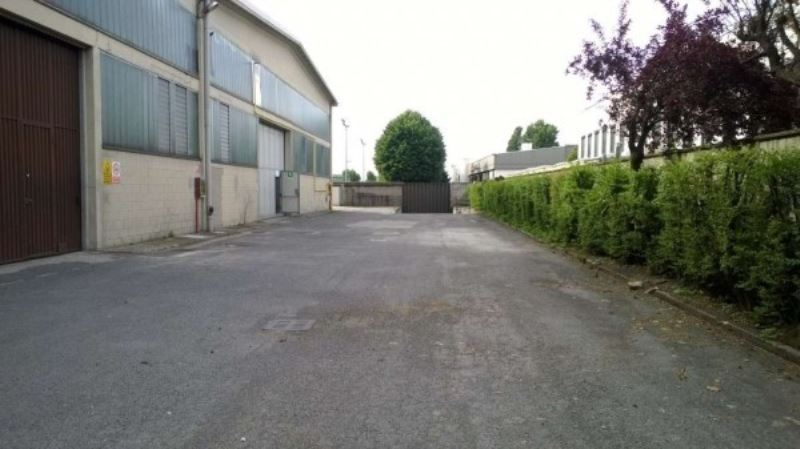 Capannone in affitto a Cinisello Balsamo, 9999 locali, prezzo € 2.330 | Cambio Casa.it