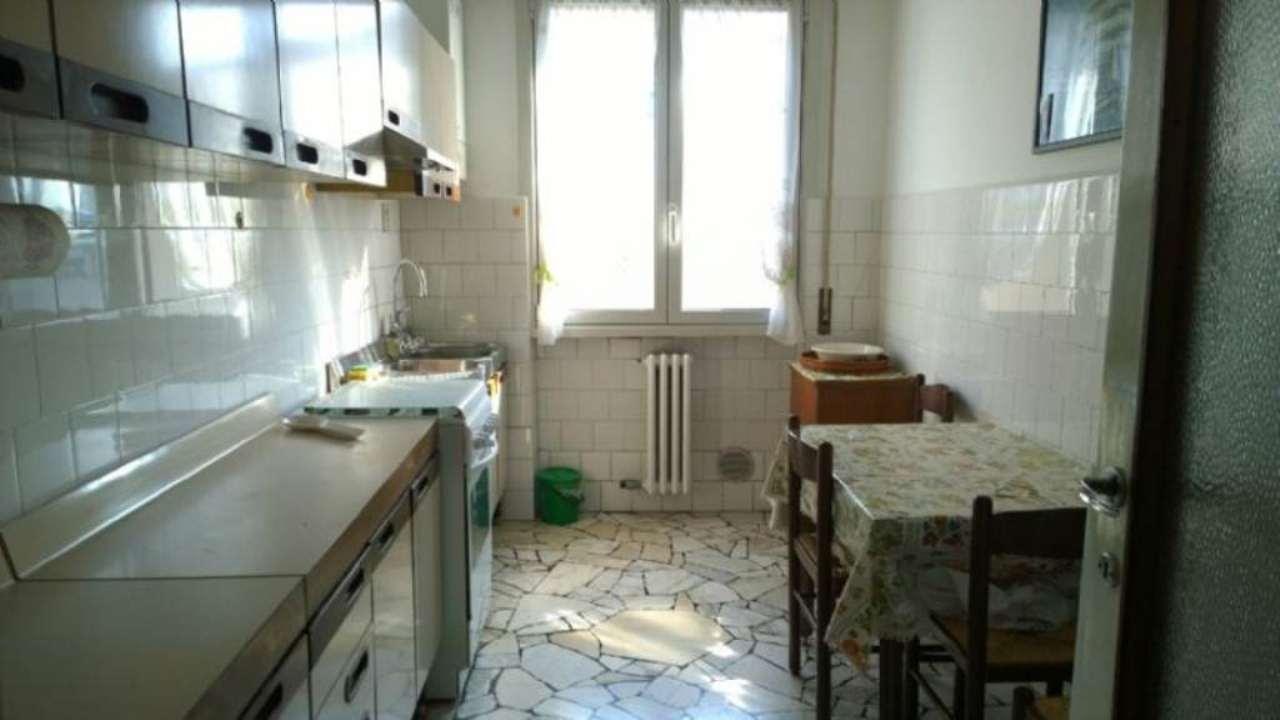 Bilocale Bresso Via Veneto 4