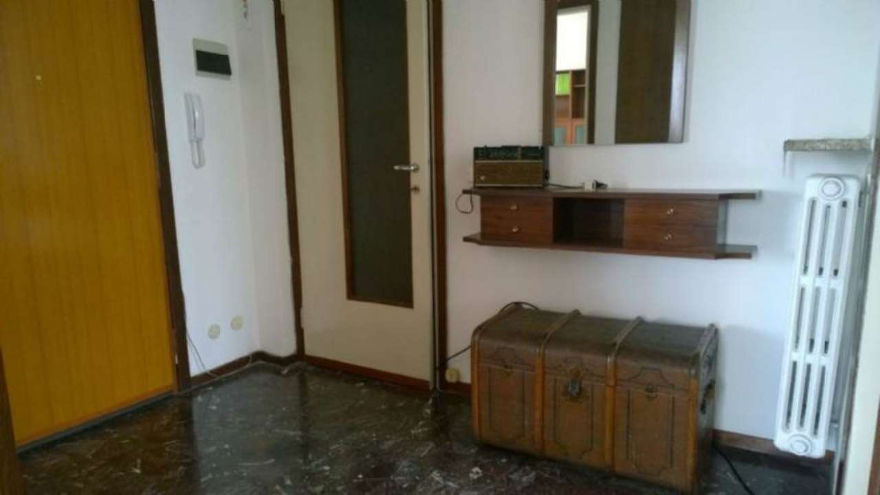 Bilocale Bresso Via Via Veneto 6