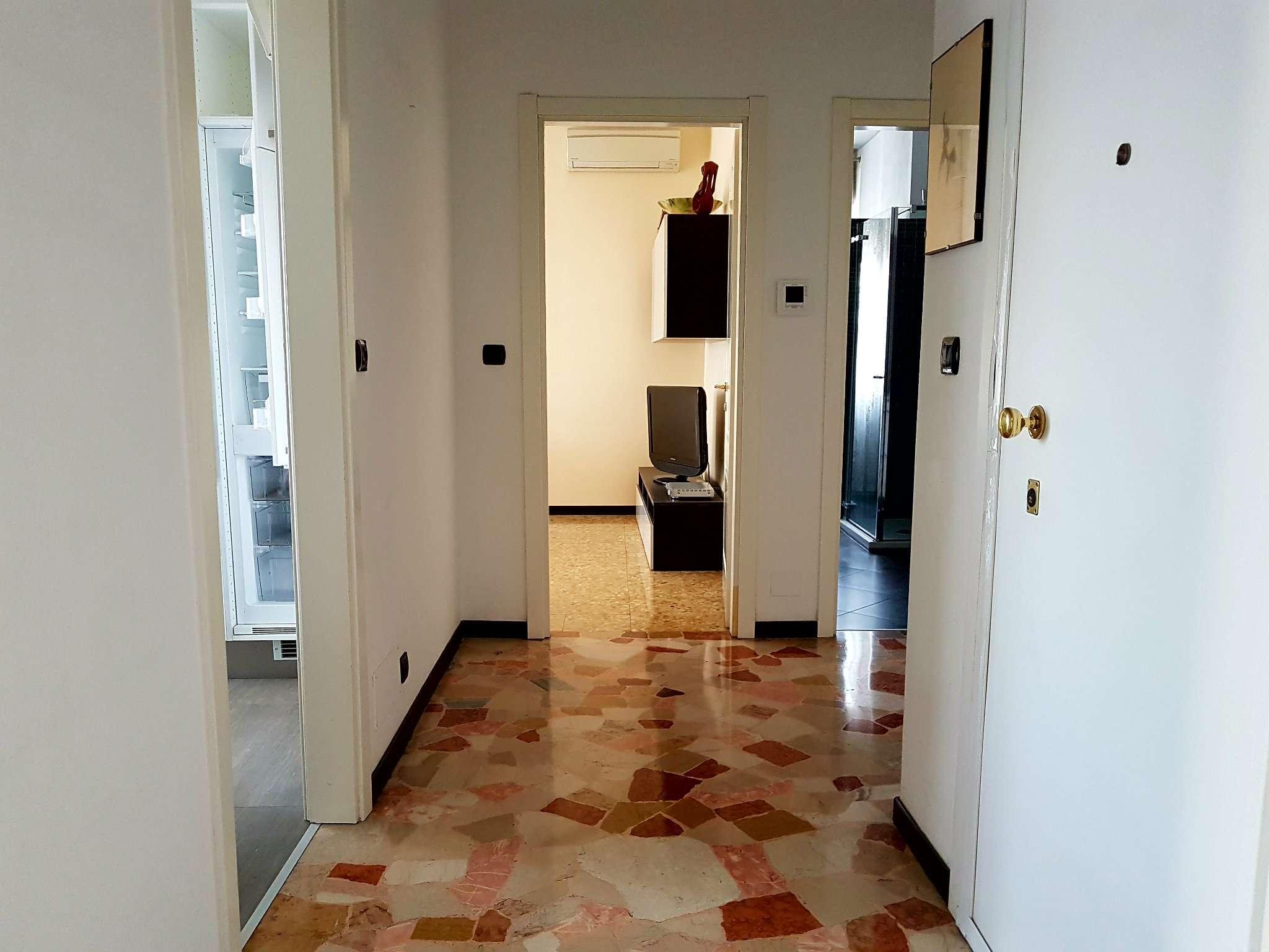 Appartamento in affitto a Bresso, 3 locali, prezzo € 900 | Cambio Casa.it