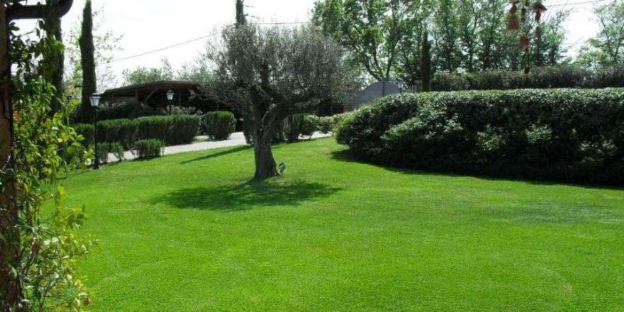 Villa Bifamiliare in vendita a Sacrofano, 4 locali, prezzo € 490.000 | Cambio Casa.it