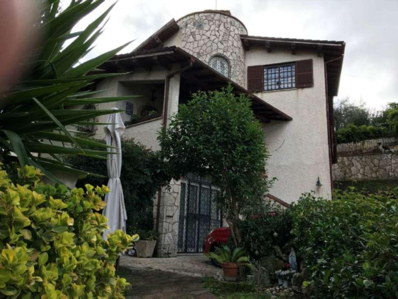Villa in vendita a Fonte Nuova, 9 locali, prezzo € 480.000   Cambio Casa.it