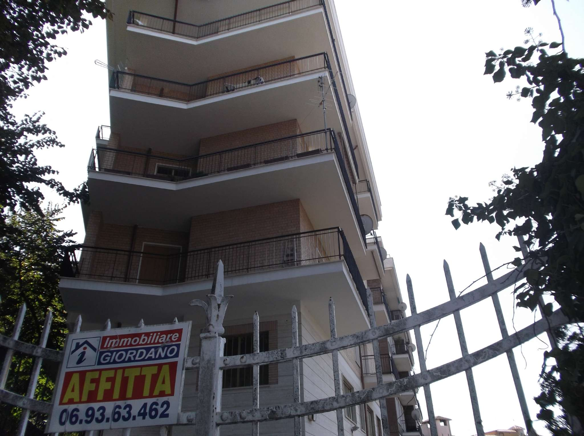 Appartamento in vendita a Genzano di Roma, 2 locali, prezzo € 145.000 | CambioCasa.it